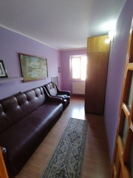 Apartament 3 camere Banca Nationala